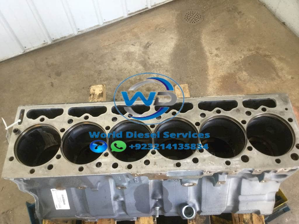 IHC DT530E cylinder block